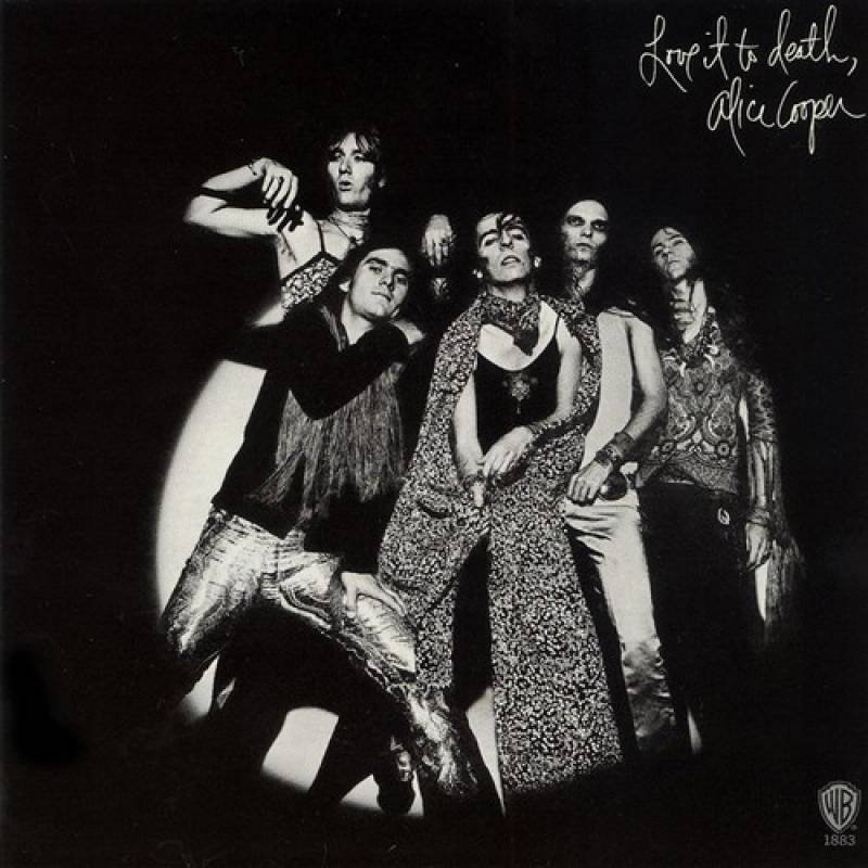 chronique Alice Cooper - Love It To Death
