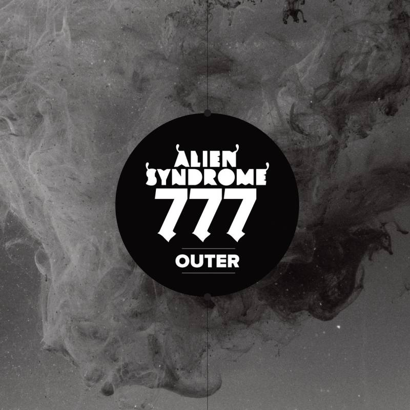 chronique Alien Syndrome 777 - Outer