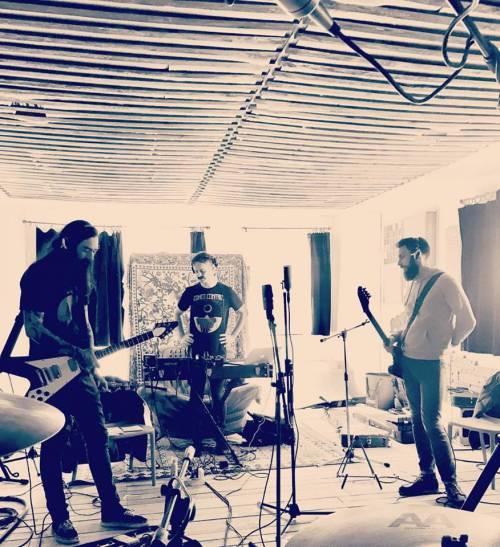 Deadsmoke (groupe/artiste)