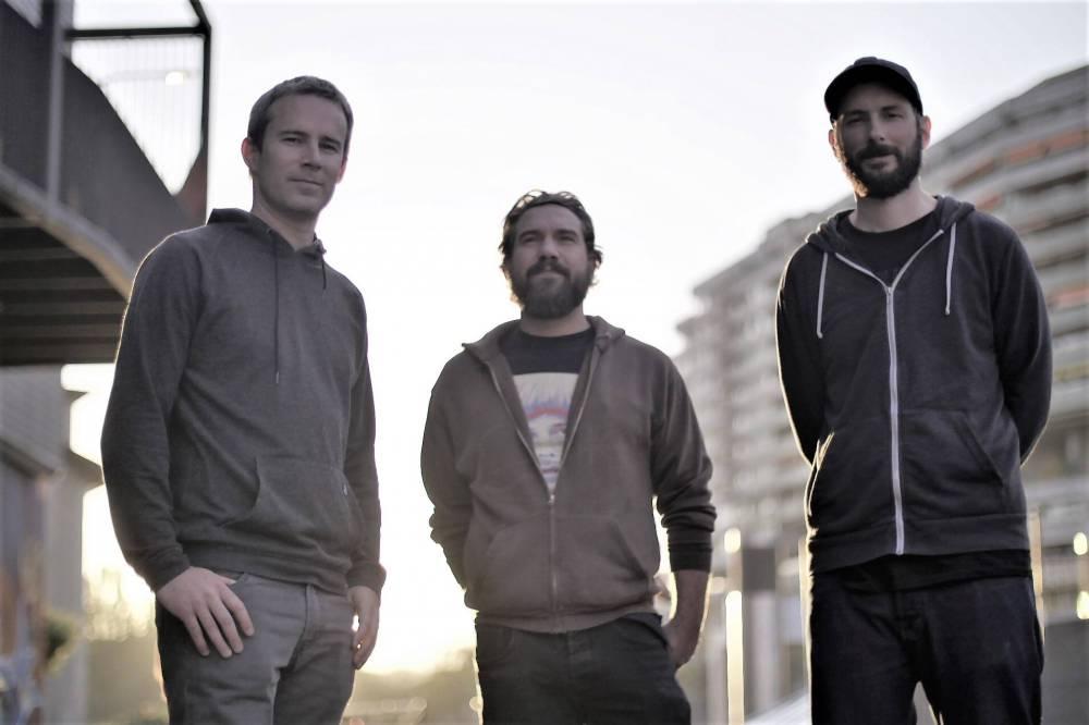Six Months Of Sun (groupe/artiste)