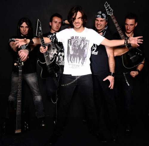 Unchained (groupe/artiste)