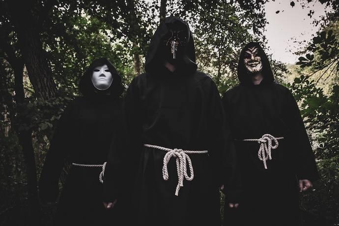 Epiphanic Truth (groupe du mois groupe du mois d'août 2021)