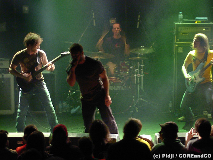THE DILLINGER ESCAPE PLAN + KILL THE THRILL - Le VIP / Saint-Nazaire (44) - le 19/03/2005