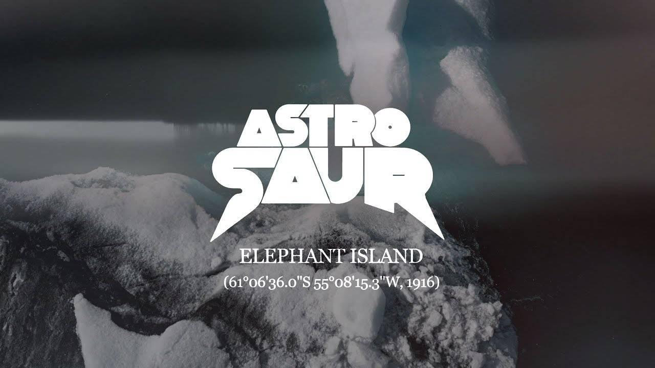 Astrosaur au pays de Babar -
