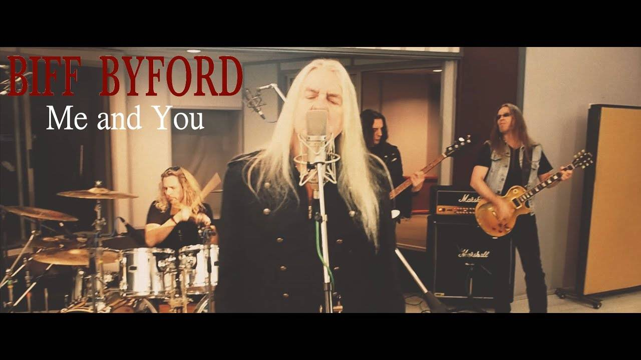 Biff Byford sort sa chanson de St Valentin -