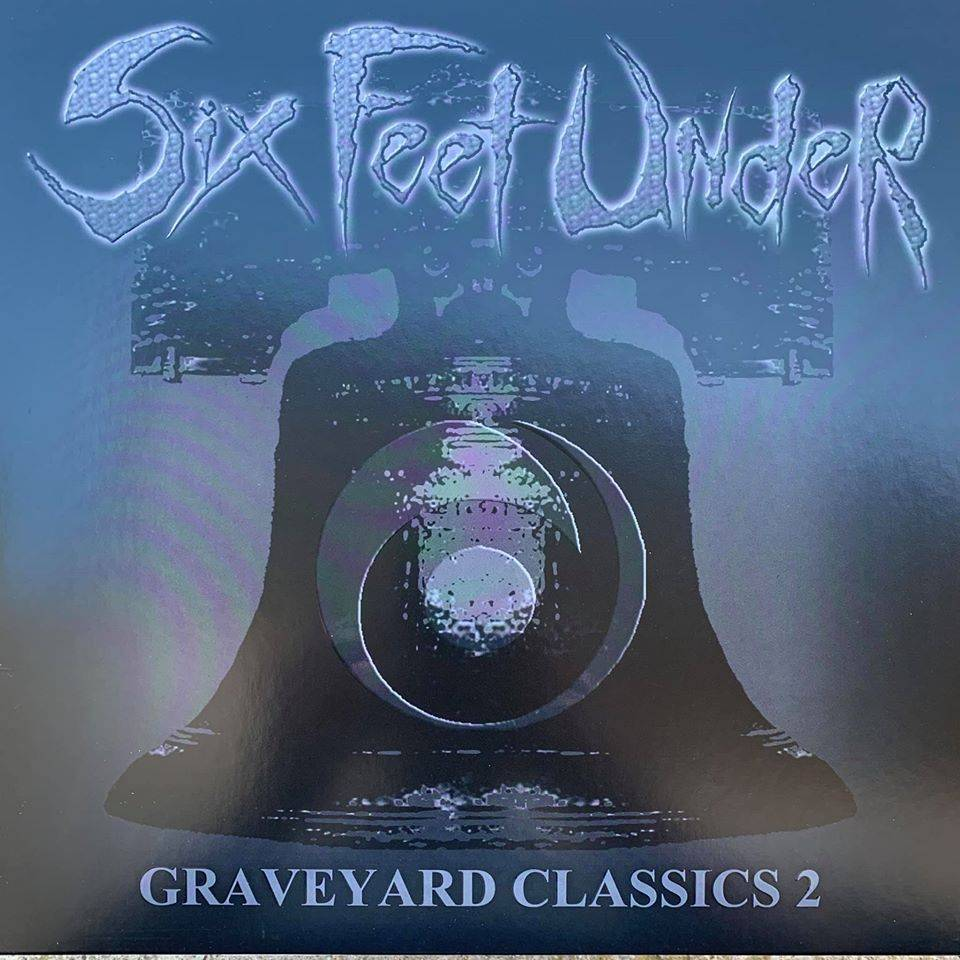 Six Feet Under presque back In Black - Graveyard Classics 2 (actualité)