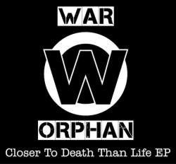 War Orphan propose un truc à Paul - Prop Up The Polls