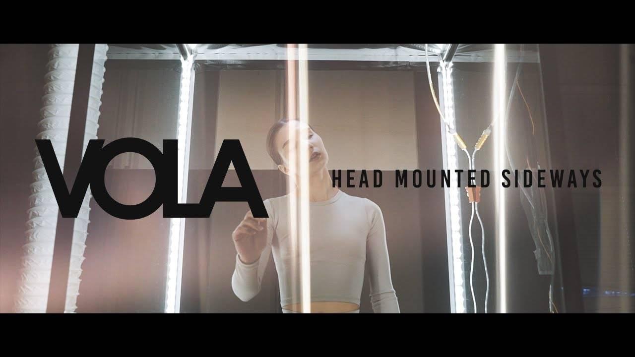 Vola se monte la tête - Head Mounted Sideways (actualité)