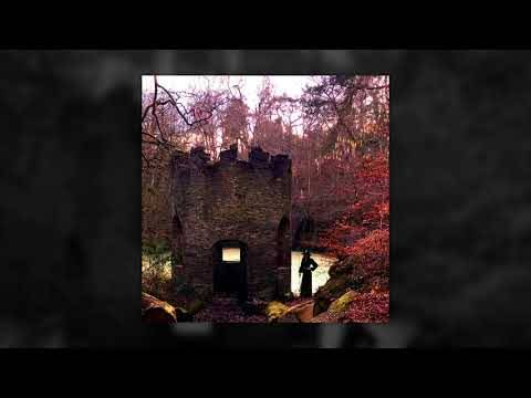 Josiah repromène ses raies - Out Of The First Rays (actualité)